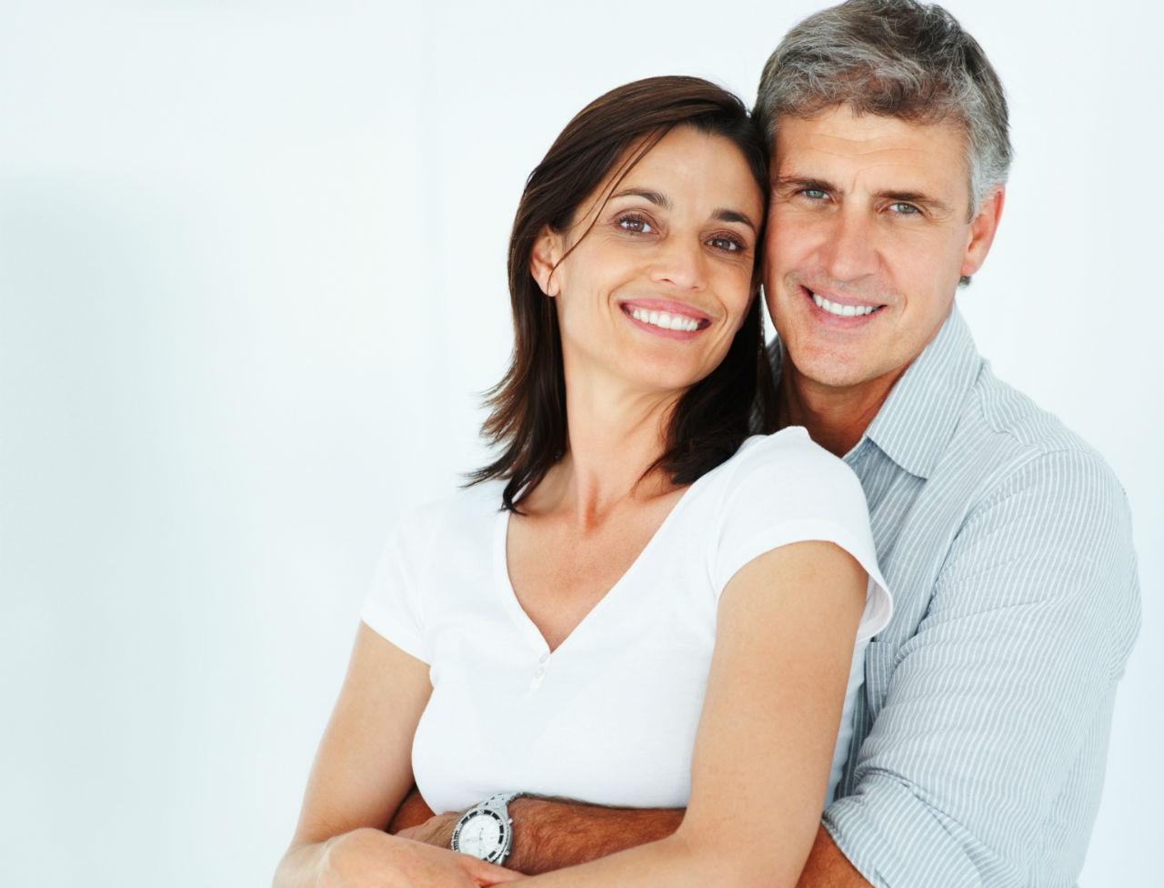 Site coquin : trouver un couple d'adultes libres et consentants