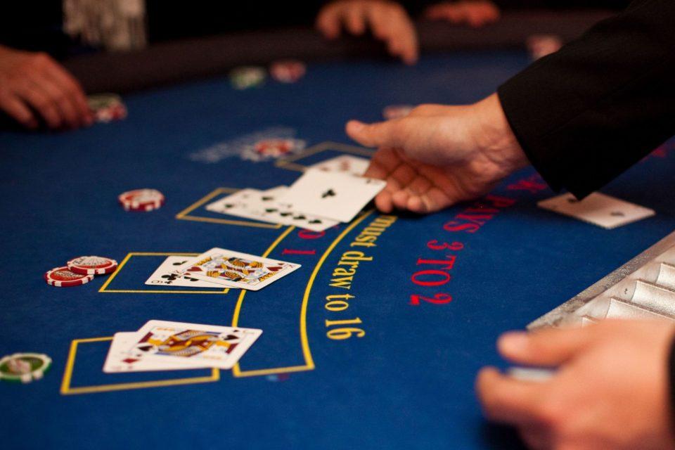 21 blackjack mobil izle