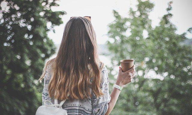 cheveux lisses avec un kardoune
